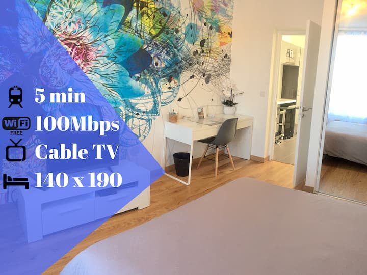 THE PEARL - COZY 1 BR APT 15 MIN AWAY FROM PARIS