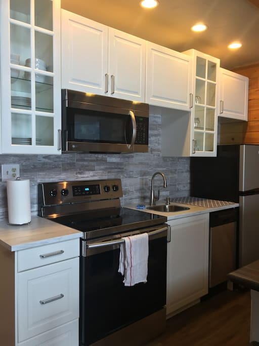New Kitchen, all new appliances
