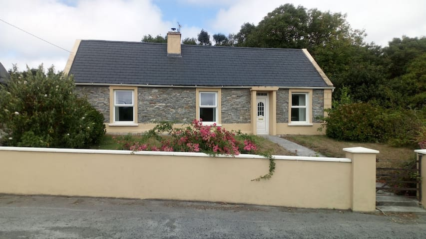 West Clare Farmhouse. Knockalough