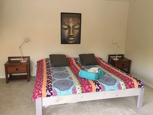 Peaceful Buddha Suite