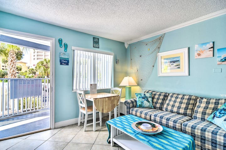NEW! Lively Studio w/Pool Access, Across from Gulf