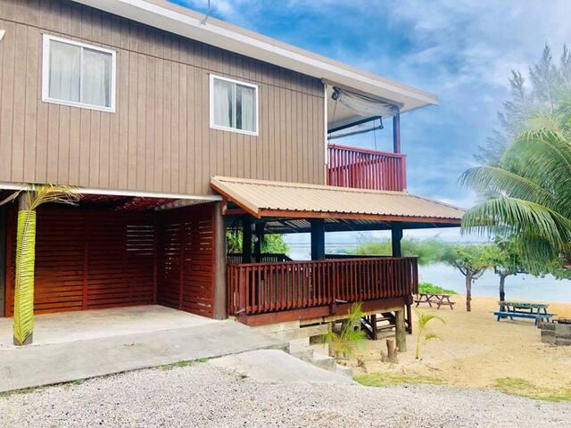 Rarotonga Beach Lodge