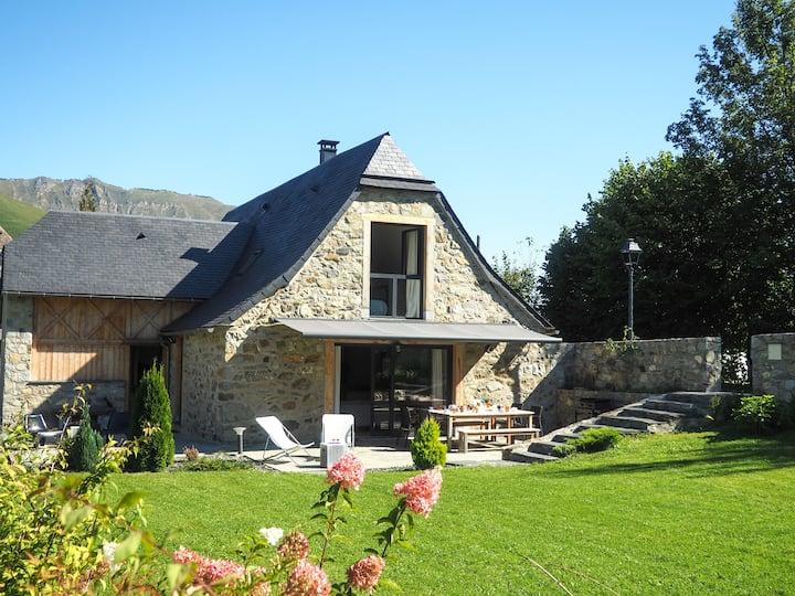Maison ancienne rénovée Pyrénées