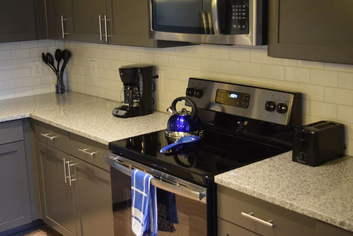 Corporate Apartment in Ballantyne_DS11