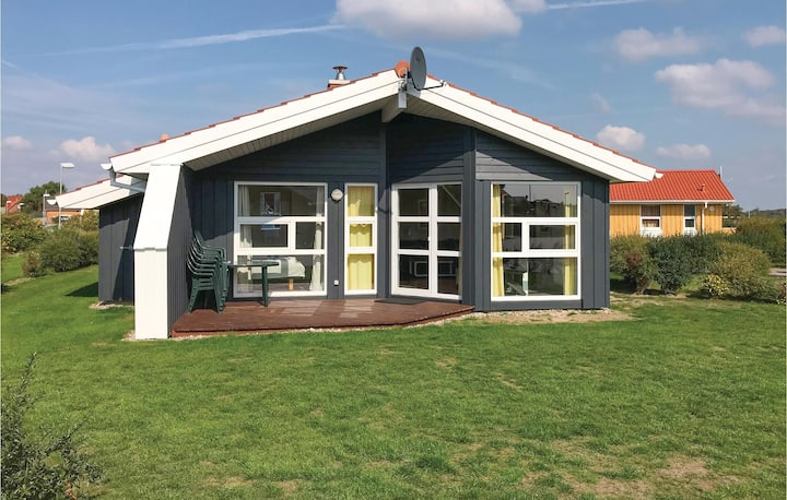 Holiday cottage with 3 bedrooms on 72m² in Friedrichskoog