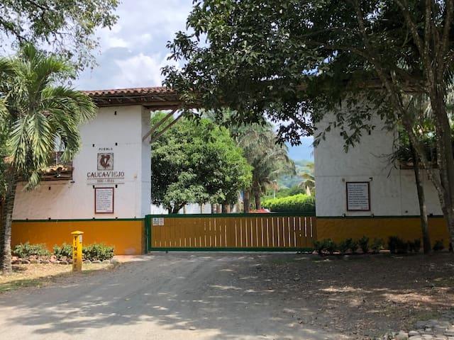 Porteria Cauca Viejo.