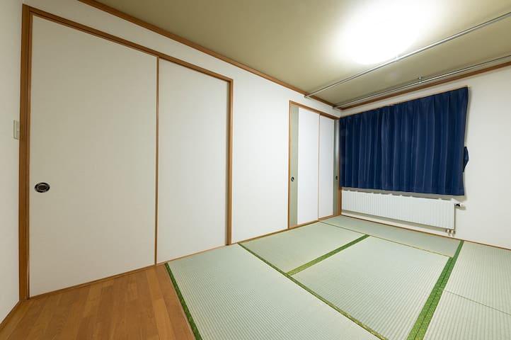 Japanese style room  和室がございます!!