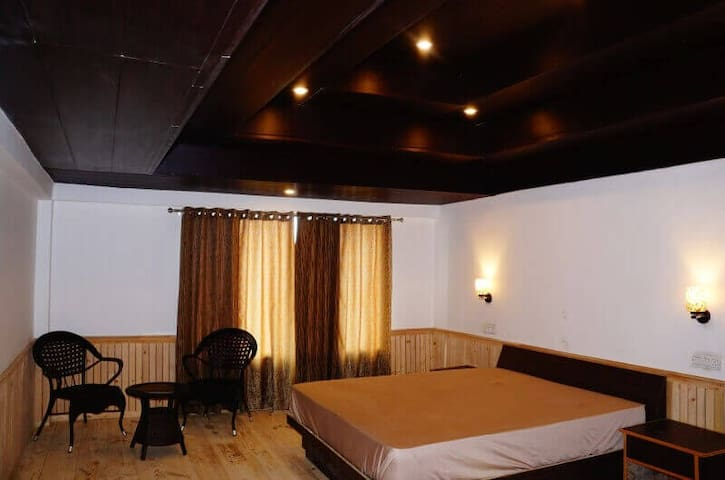 Exotic Room | Off beat | 10500 Feet | Himalayas