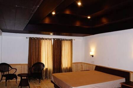 Exotic Room   Off beat   10500 Feet   Himalayas
