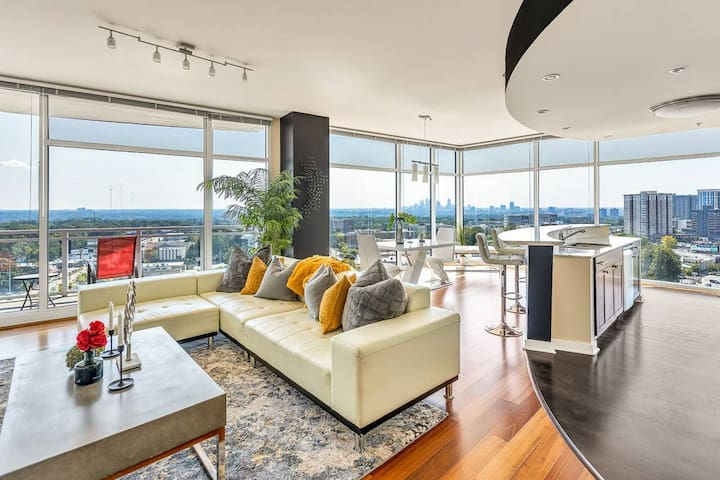 Exquisite Polished Panoramic Buckhead Penthouse-Styled