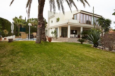Villa with pool, 7pax, L'Eliana, Valencia. Spain