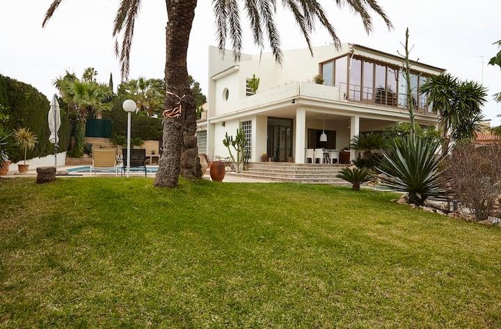 Villa con piscina, 7pax, L'Eliana, Valencia. Spain