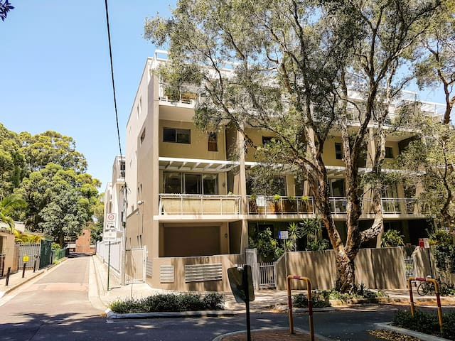 Lovely 1bed apartment close to city and airport. - Waterloo - Apartamento