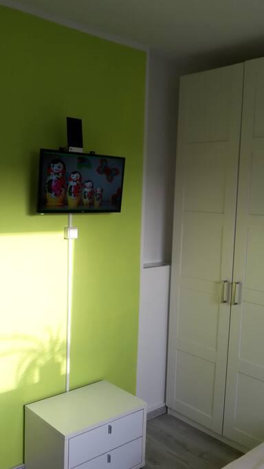 Wohn- und Schlafzimmer 3