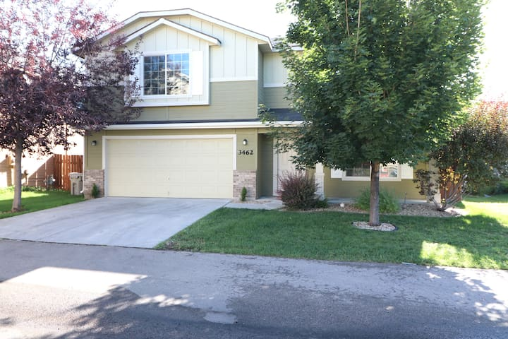 Newly Remodeled Private Home in Boise/Meridian