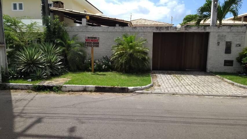 Casa /Villas  /Miragem piscina e churrasqueira