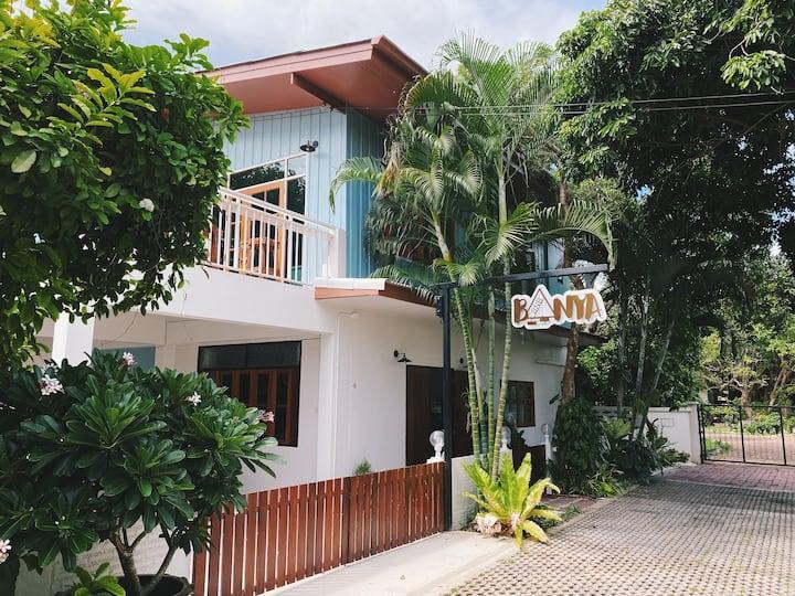 #BANYABnB Entire property + Breakfast + Discount