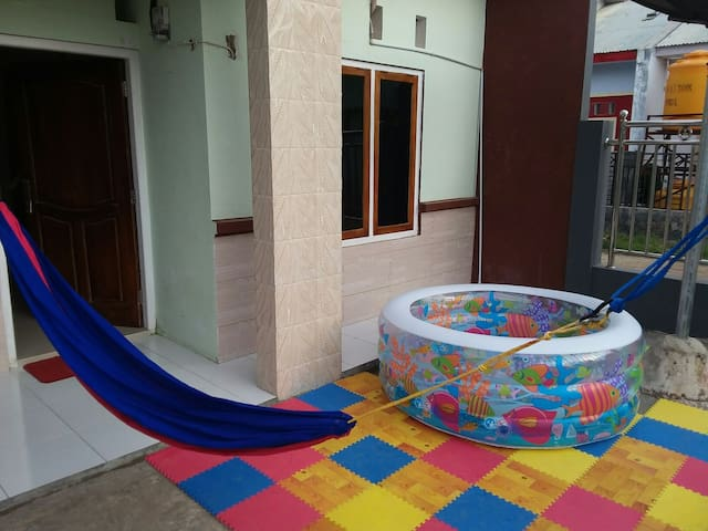 2 bedroom house,70 m2. Free bike. Family friendly. - Komodo - Ev