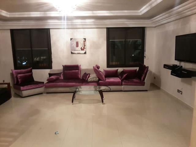 Appart standing 80 m^2 , Mahaj Riad - Rabat - Lägenhet