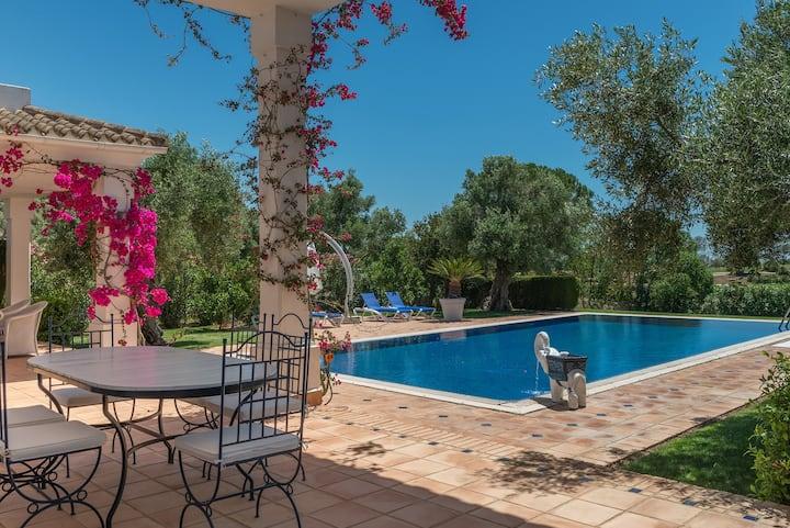 Villa Orquidea. Pool, stylish & ideal für Familien