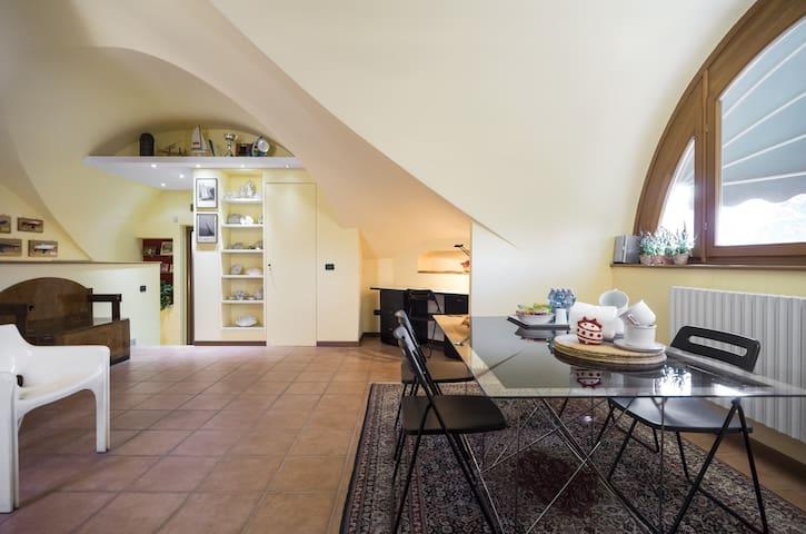 Exclusieve villa in de buurt van Milano / Fiera