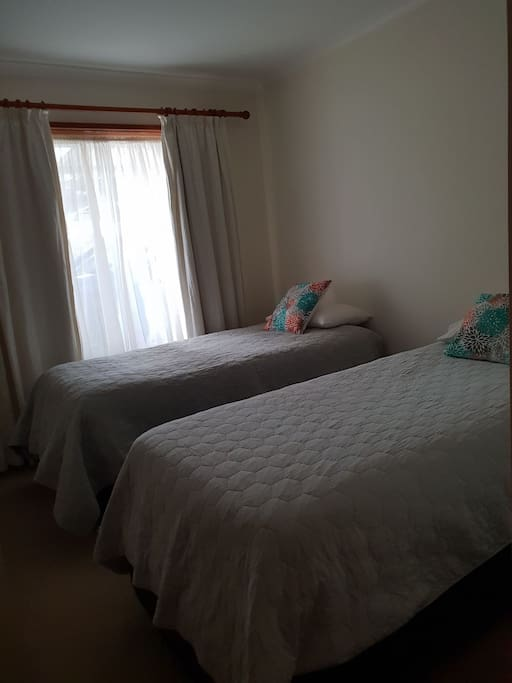 Bedroom 2  2 single beds or 1 king bed