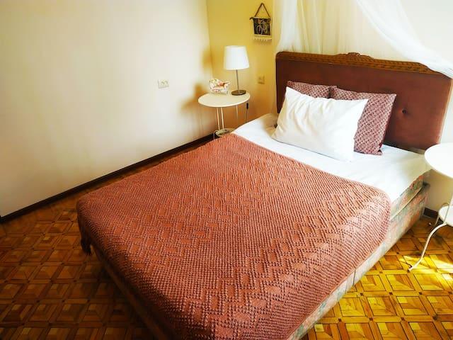 Уютно и мило как дома! Comfy & nice like at home!