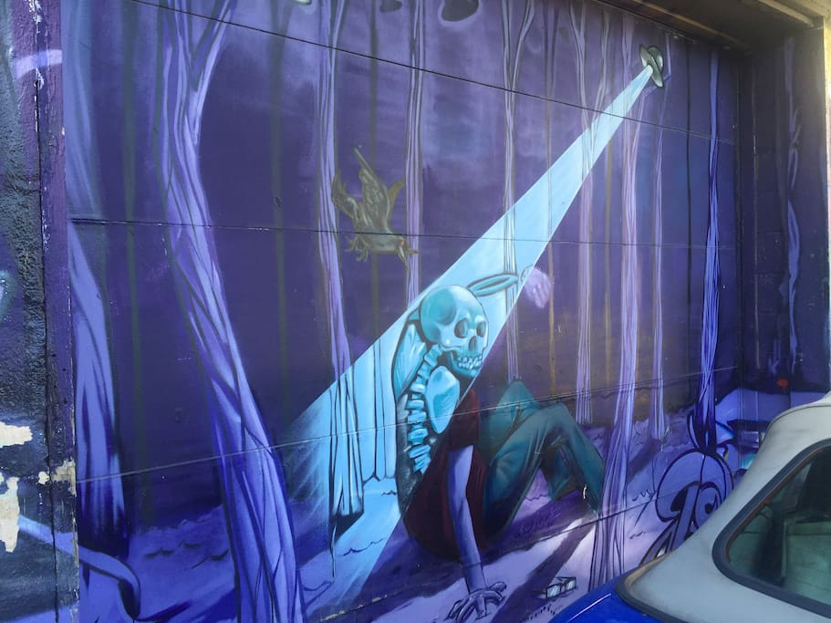 Neighborhood graffiti art