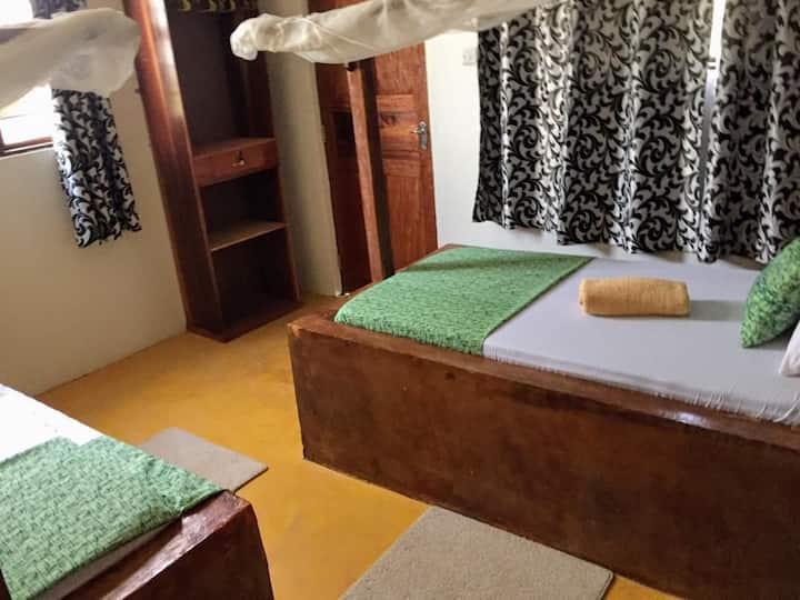Barabara house twin bed room