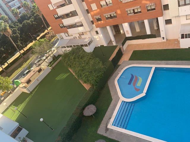 En la mejor zona de Alicante : Playa San Juan