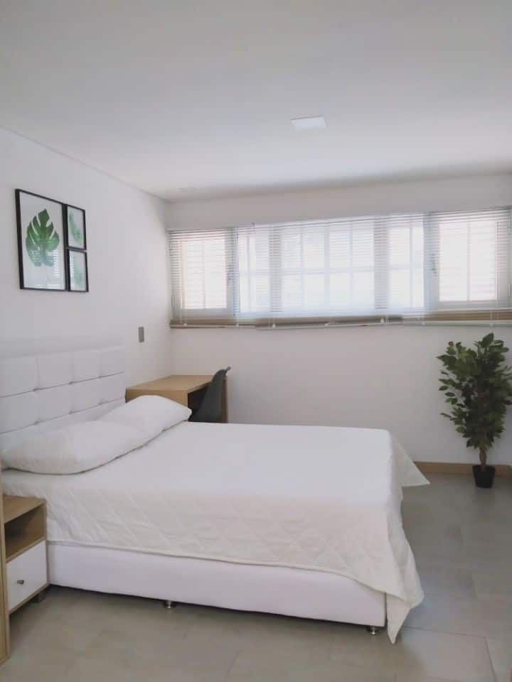 Studio apartment boulevard La 70 Stadium Laureles