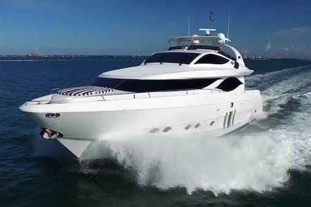 Yacht Party Rental in Miami - 90' Eagle - Miami