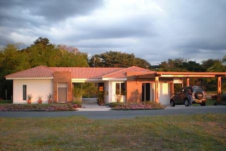 Caña Verde - Pereira - Huis