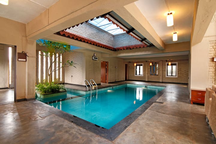 Caramba - Private Pool Villa in Panchgani - 3 Bed - Panchgani
