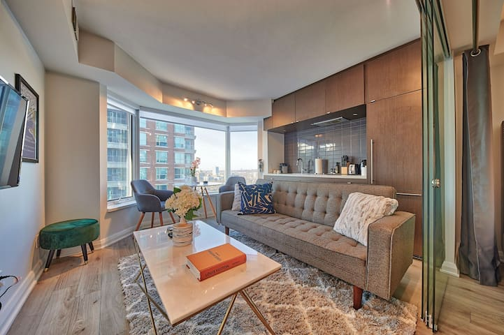 Yorkville Luxury Executive Condo • Disinfected