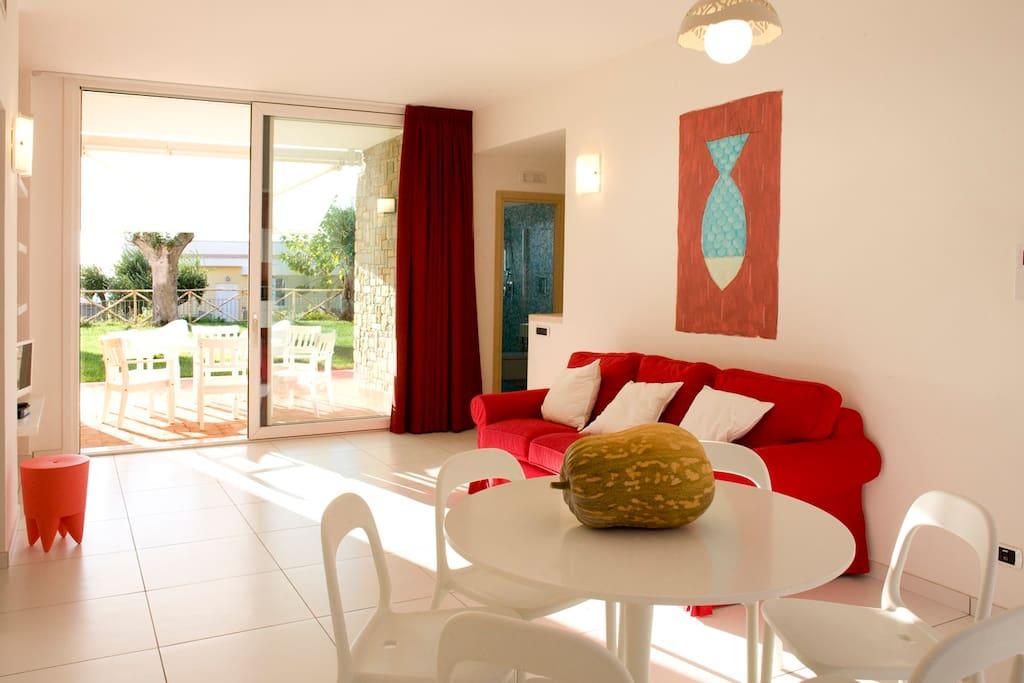 Gi casa con giardino vista mare appartamenti in - Casa con giardino milano ...