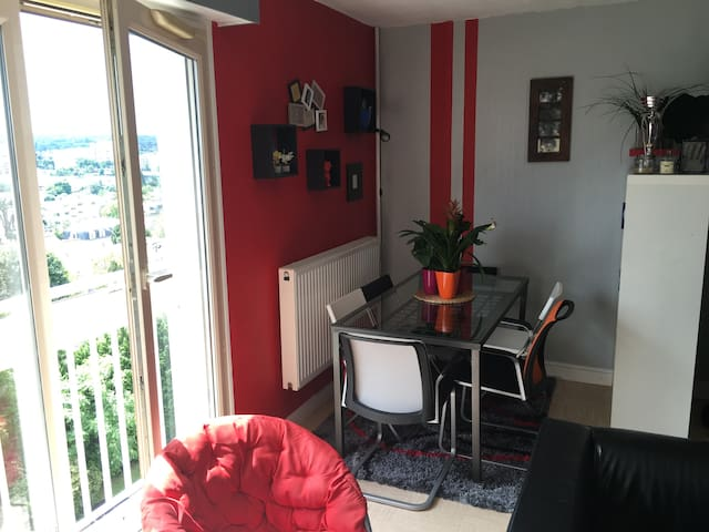 SAINT GERMAIN EN LAYE - Saint-Germain-en-Laye - Apartment