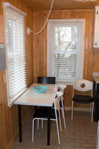 One Bedroom Cozy Cottage - Niagara-on-the-Lake - Chalet