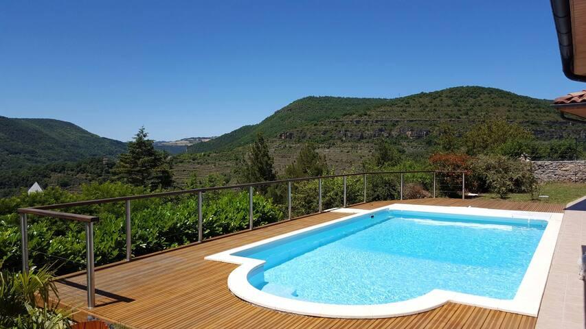 Suite parentale avec terrasse panoramique ds villa - Saint-Rome-de-Tarn - Willa
