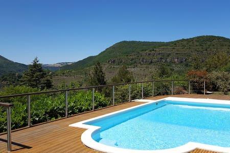 Suite parentale avec terrasse panoramique ds villa - Vila
