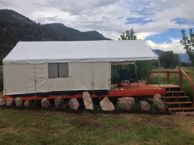 Glamping Tent Getaway with Mtn View - Ridgway