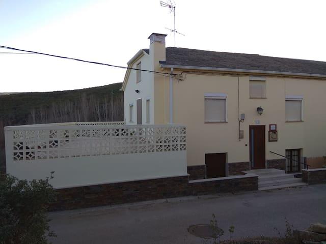 Casa Rural El Cabo B