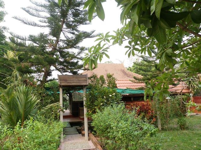 Rim Nam Kong Homestay&Campsite - Pak Chom District - Dům