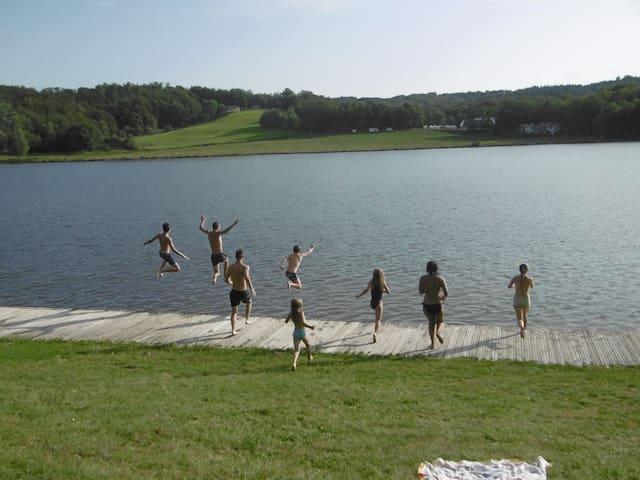 The big jump - Lac de Tolerme