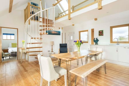 Sheepwash Barn - sleeps 6 - West Wittering - Ház