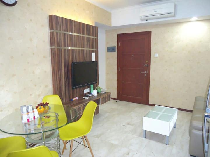 2BR Pool view, Royal Mediterania,Central Park Mall