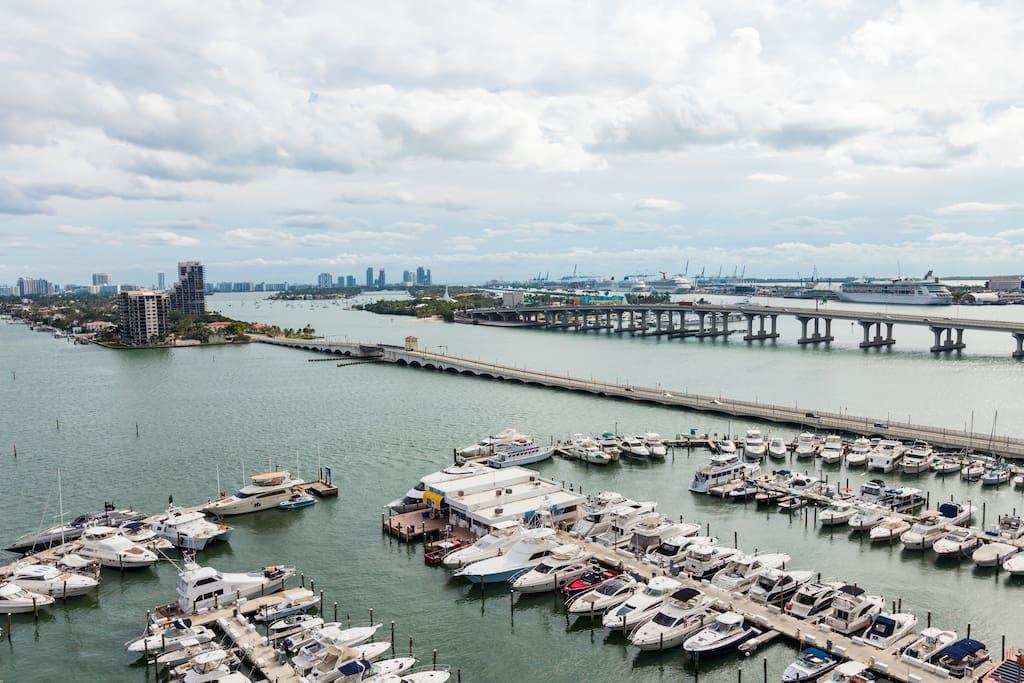 Balcony Marina overview