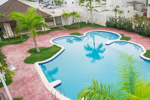 NEW WONDERFUL APARTMENT WITH POOL,TV,WIFI,FULL A/C