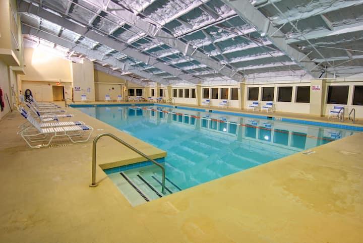 Vermont Villa Near the Trails | Pool + Fitness Center Access!