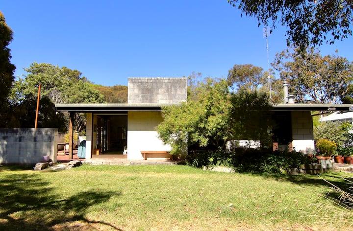 Tawarri bushland retreat (main house)
